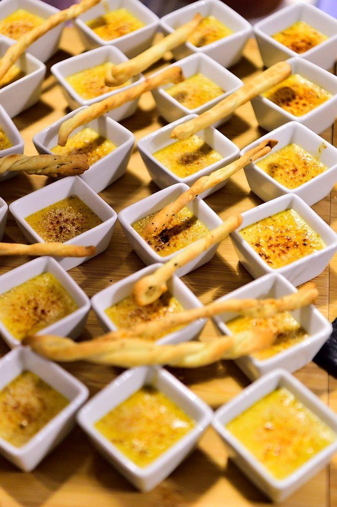 Testez l 39 atelier de cuisine autour du saumon fum et du for Piscine saint geours de maremne