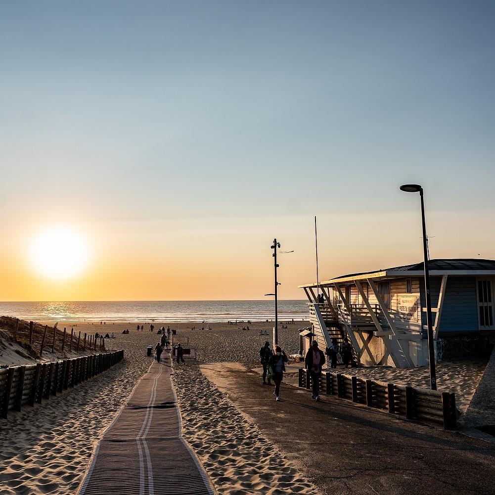 ecole de surf Moliets Soonline surf & skate cours et stages Moliets beach sunset plage couche de soleil
